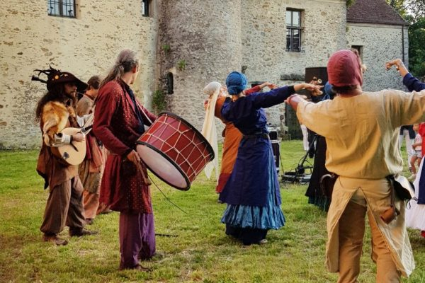 Danse-Folklorique-Commanderie-des-Templiers-Coulommiers-2018