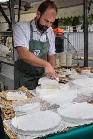 Fromage-Produit-du-Terroir-Fromagerie-Ganot