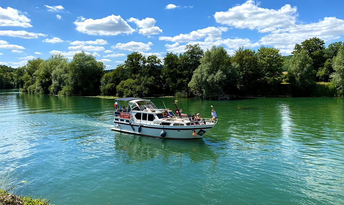 Balade en bateau sur la Marne